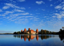 Lithuania_Trakai-castle_shutterstock_88213891