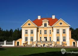 Estonia_Palmse_shutterstock_839061731