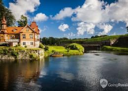 Estonia_Saaremaa island_Kuressaare_shutterstock_149219855
