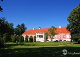 Estonia_Sagadi_shutterstock_838354721