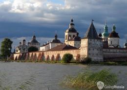 Kirilov_Kirilo-Belozersky monastery_shutterstock_2972908