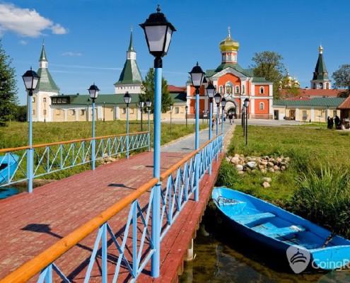 Valday_Iversky monastery_shutterstock_391807001