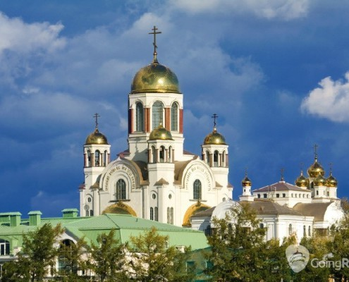 Yekaterinburg_Cathedral on the Blood_shutterstock_117398893